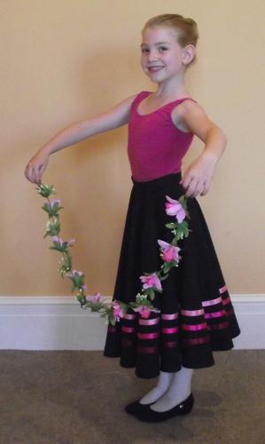 Grade 2 Uniform Prop – Flower Garland